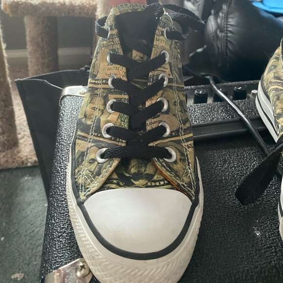 Low Converse All Star Unisex Shoes Money Pop Art